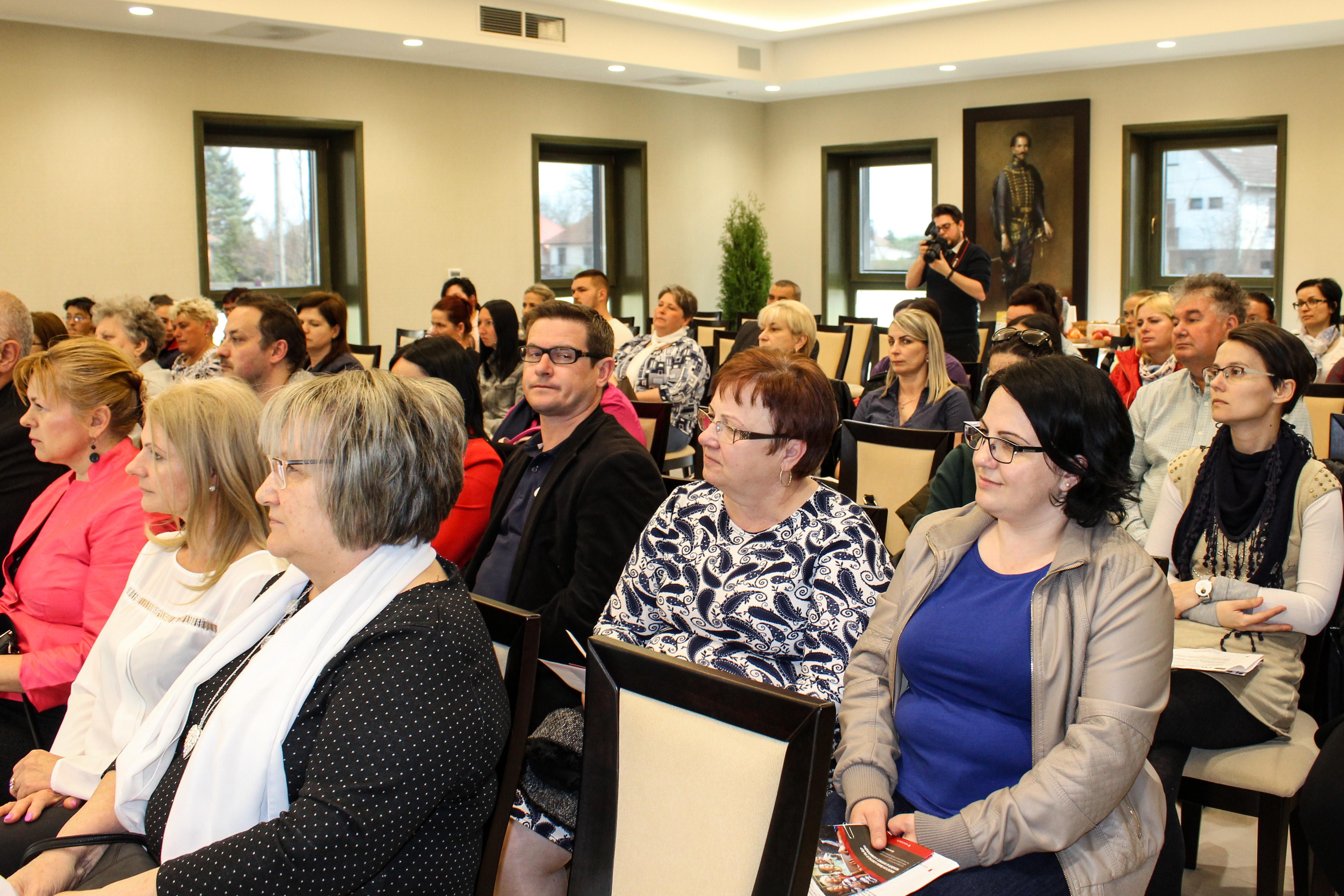 Idősödő társadalom, idősödő településeink_konferencia galléria (2)