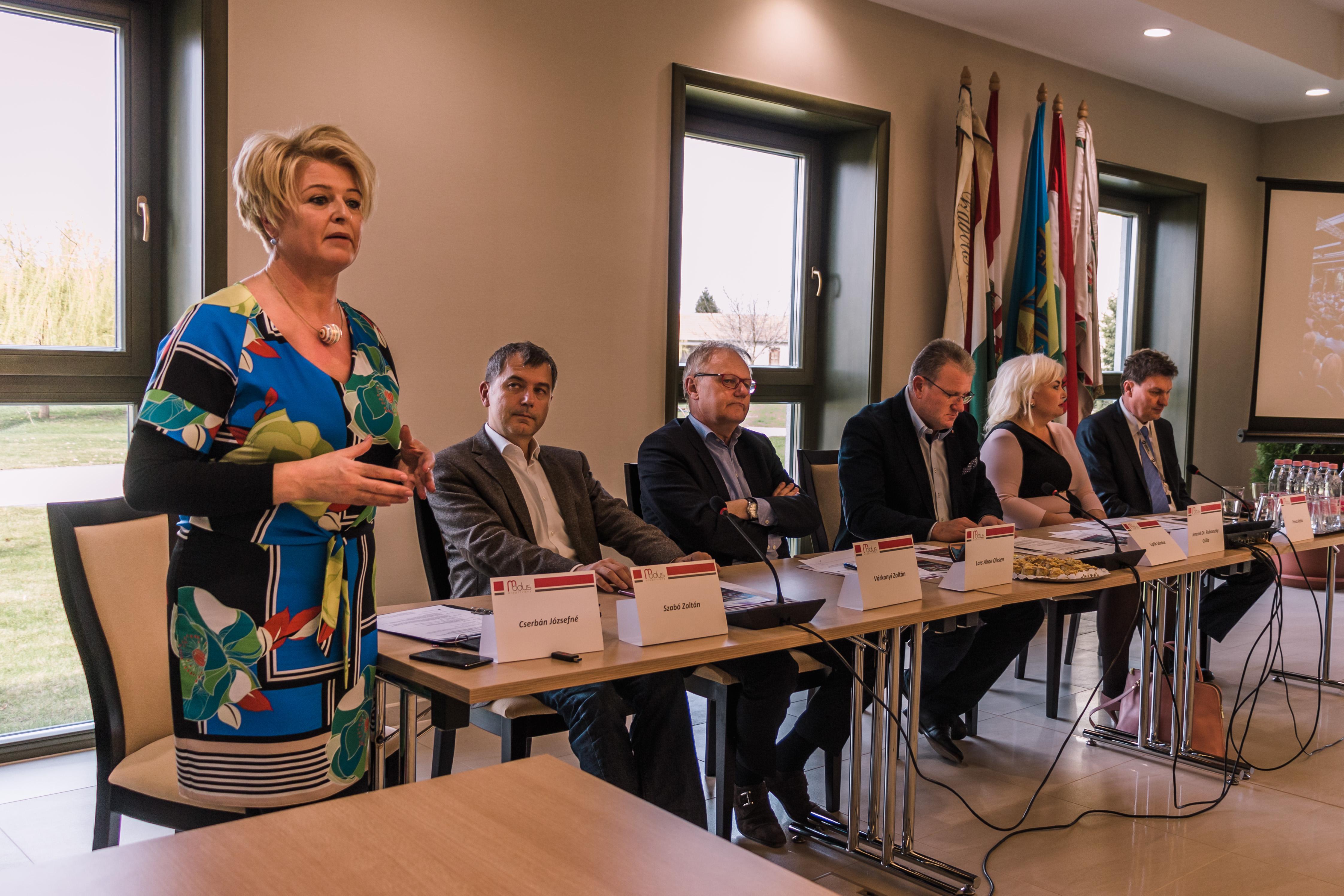 Idősödő társadalom, idősödő településeink_konferencia galléria (19)